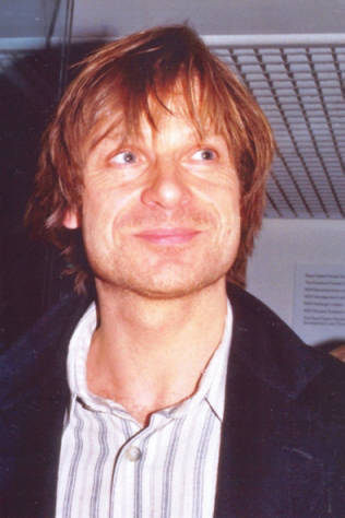 Biography_2002_Don_Giovanni_ROH_stagedoor
