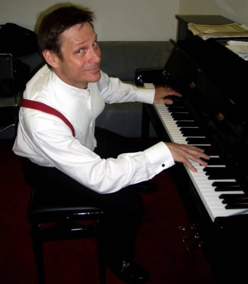 Scrapbook_SK_as_pianist_JD_site