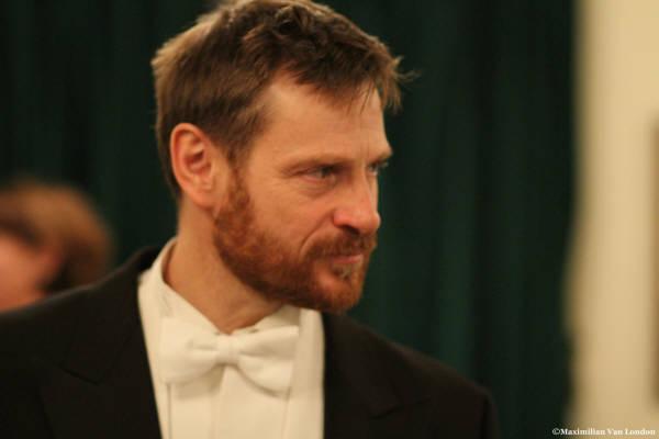 2009 recital 10 25 Wigmore c. Maximillian Van London