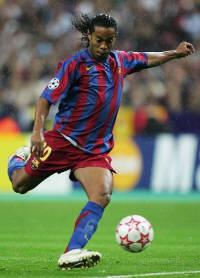 Ronaldinho-Photo-15