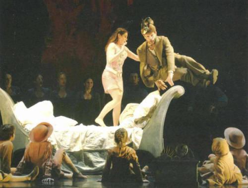 2005_Zauberflote_ROH_leaping_SK